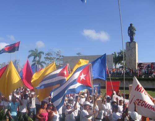 Otra muestra de reafirmación expresaron los villaclareños frente al Che Guevara.