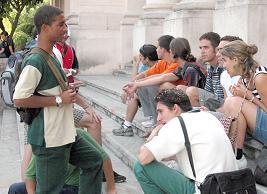 Debaten diputados cubanos como perfeccionar nuestro modelo economico