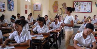 Se preparan los villaclareños para el inicio del curso escolar.