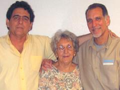 A las 4:30 am fue liberado René González